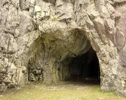 Cent ans et les poésies opportunes - Page 3 Caverne